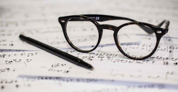 GENERAL - sheet music glasses