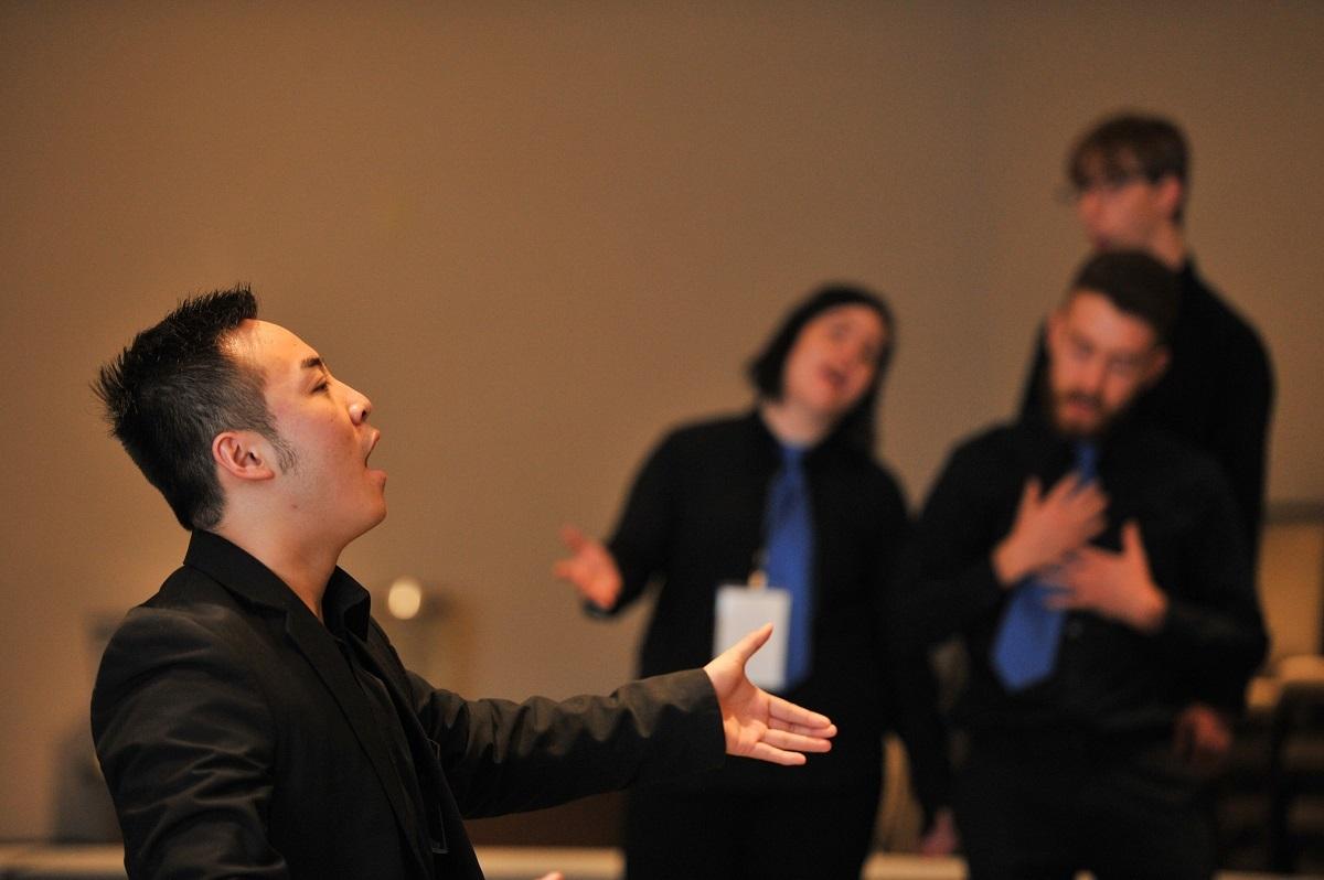 General Mixed Group Singing 2